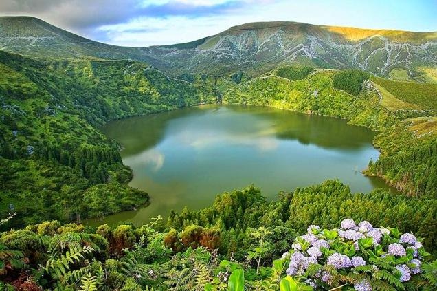 Lagoa Funda, Flores, Açores joana dias